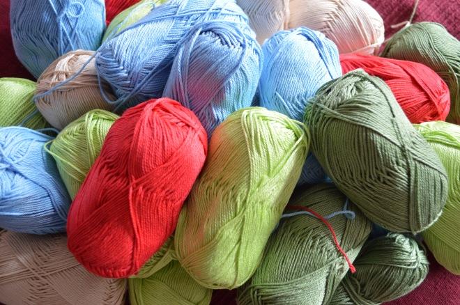 kolorowe włóczki bawełniane
