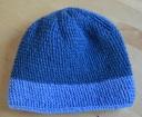 wełniana niebieska czapka