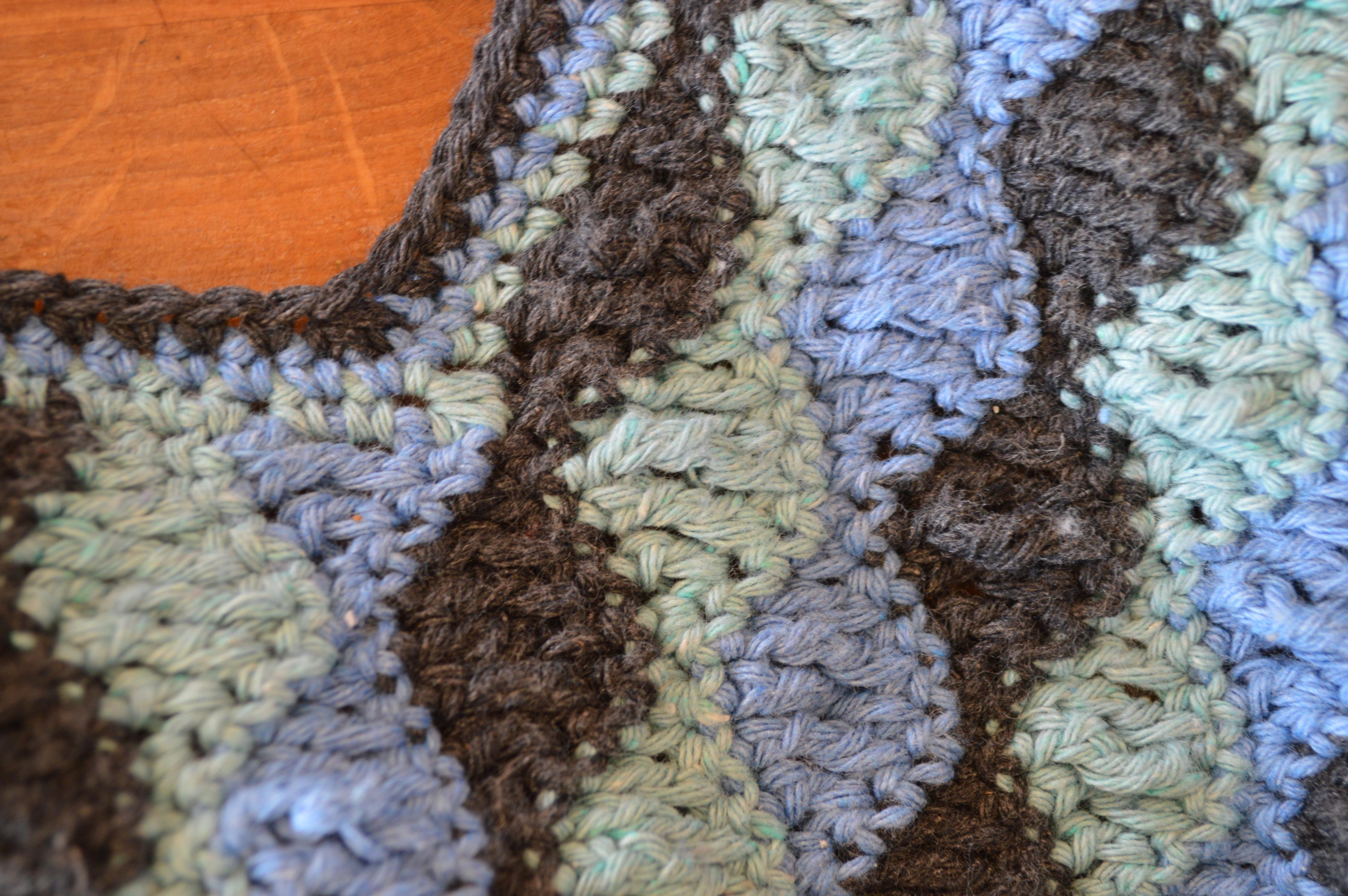 sweter szydełkowy - obrąbek