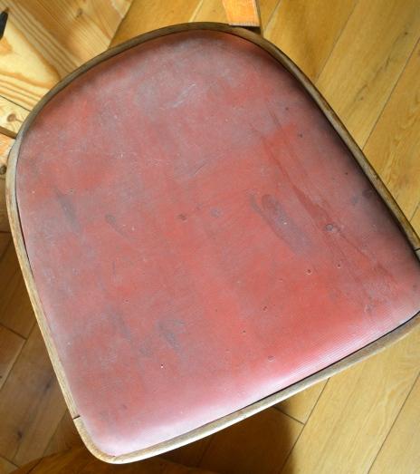 krzesło ze śmietnika