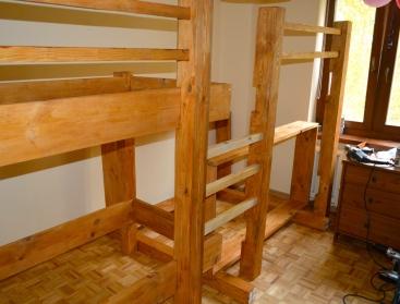łóżko czteroosobowe