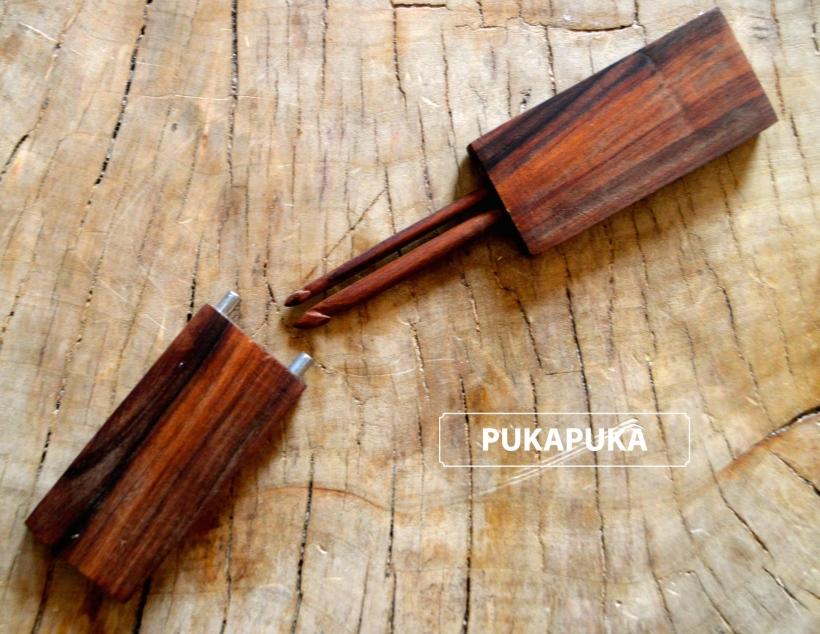 szydełka z palisandru w etui