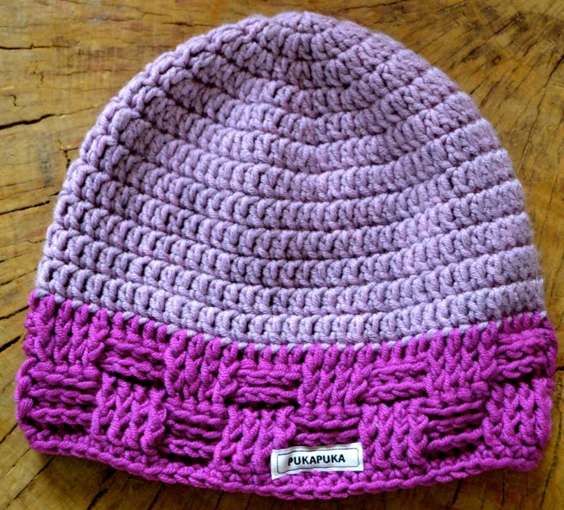 szydełkowa czapka lila